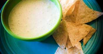 Chuy's Creamy Jalapeno Dip Recipe