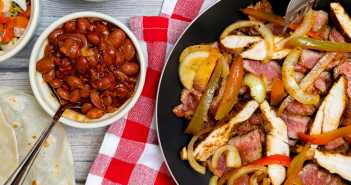 Chicken and Beef Fajitas Recipe