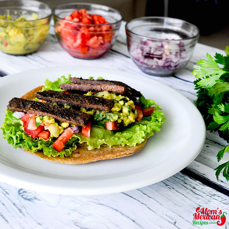 Slow Cooker Skirt Steak Tacos with Lettuce